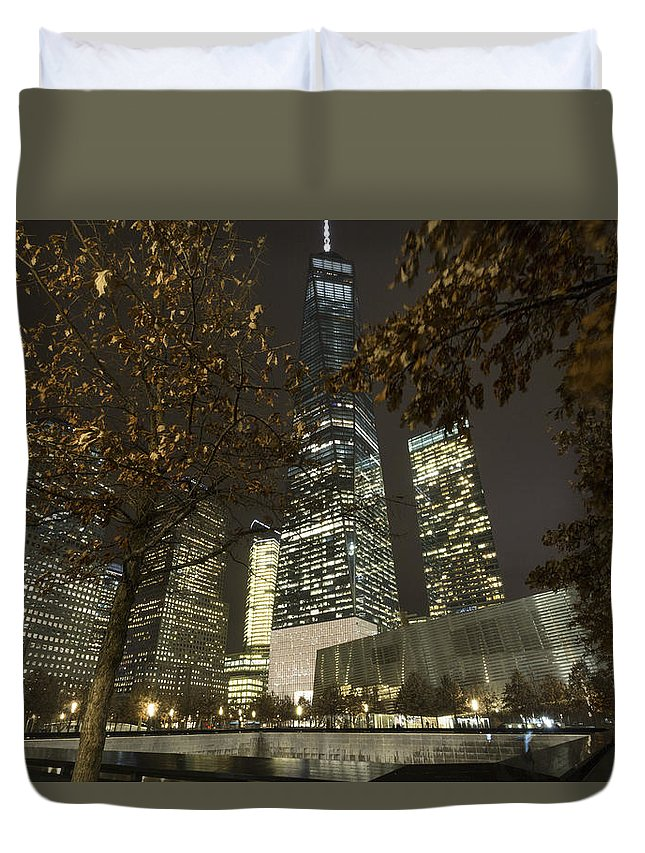 Nyc Duvet Cover featuring the photograph Never Forget This by Jeff Sturgess