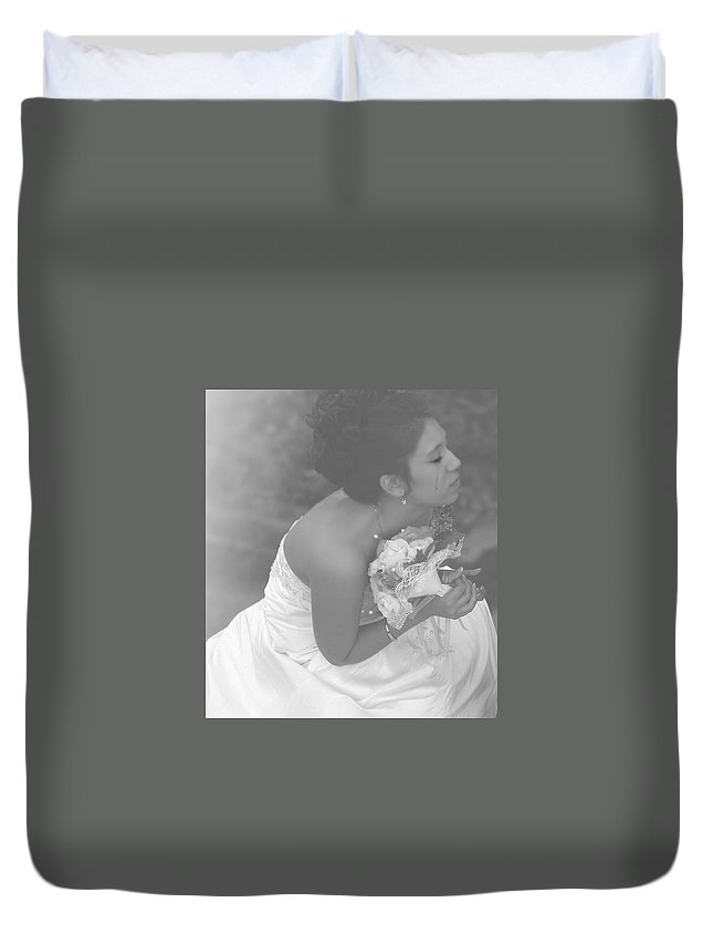 Wedding Duvet Cover featuring the photograph Never Let Go by Kristie Bonnewell