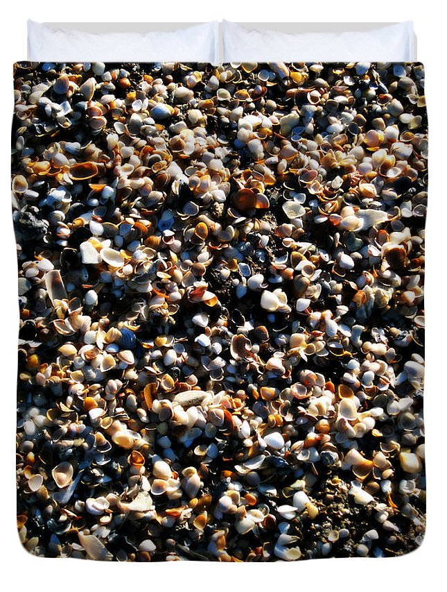 Sea Shells Duvet Cover featuring the photograph Never Regret A Day by Susanne Van Hulst