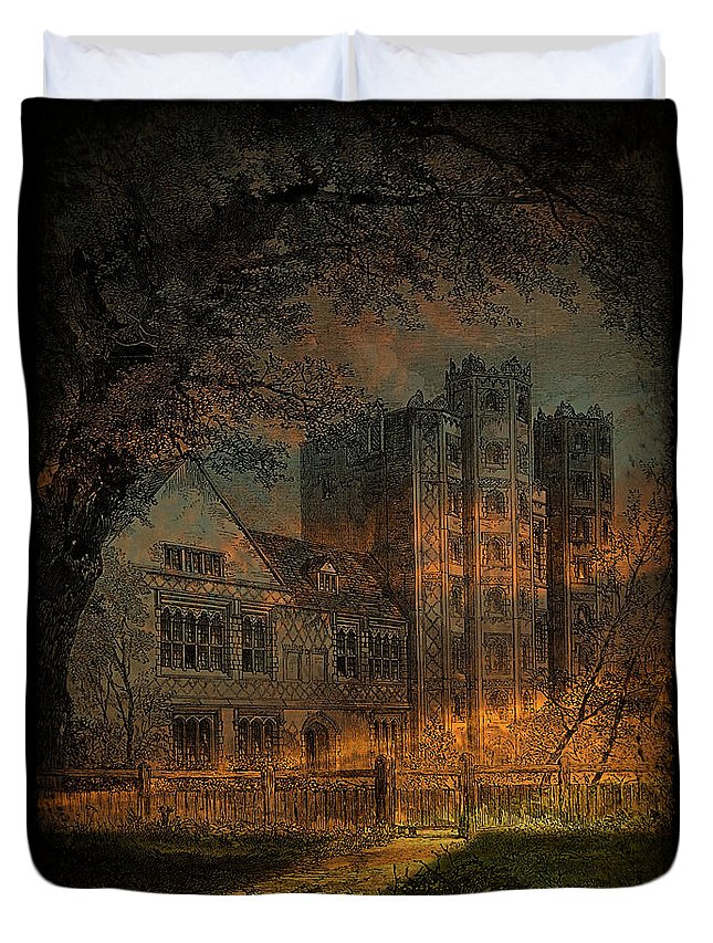 Vintage Duvet Cover featuring the photograph Nevermore by Fran J Scott