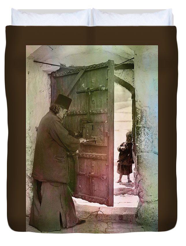 Bethlehem Duvet Cover featuring the photograph New Hope by Munir Alawi