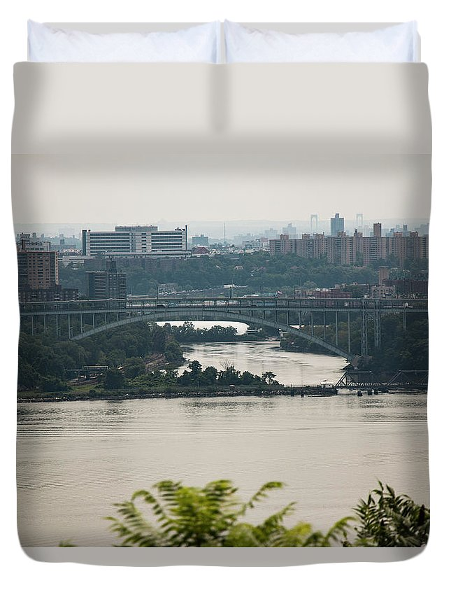 City Duvet Cover featuring the photograph New York City by Gavin Farrell