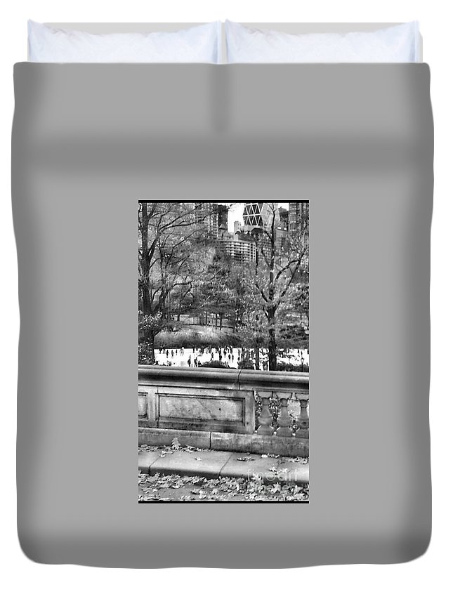 New York Duvet Cover featuring the photograph New York Skating by Tanya Reavis