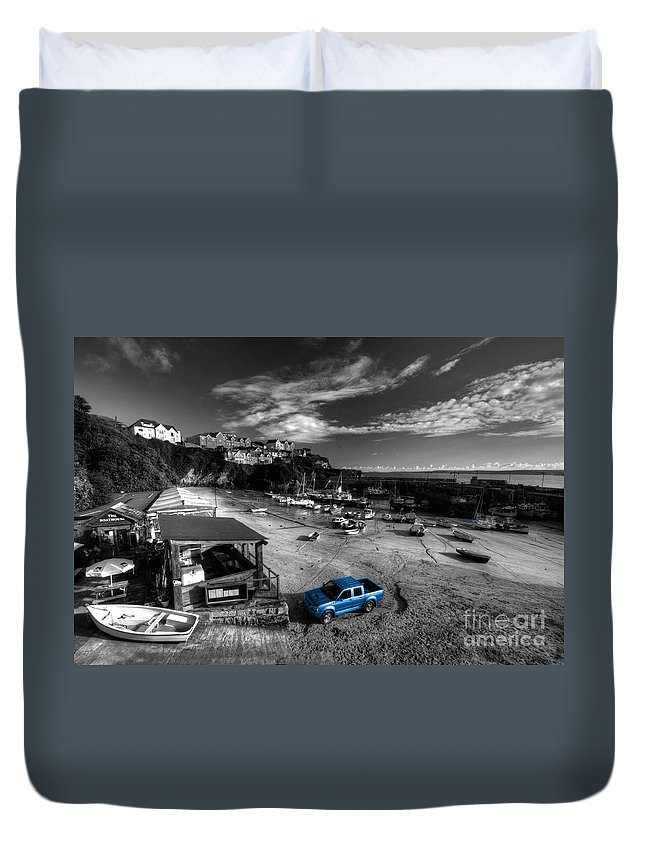 Newquay Duvet Cover featuring the photograph Newquay Harbour Pickup by Rob Hawkins