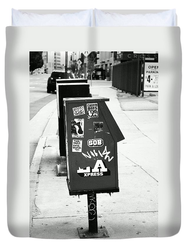 Urban Duvet Cover featuring the photograph News by Stephanie Haertling