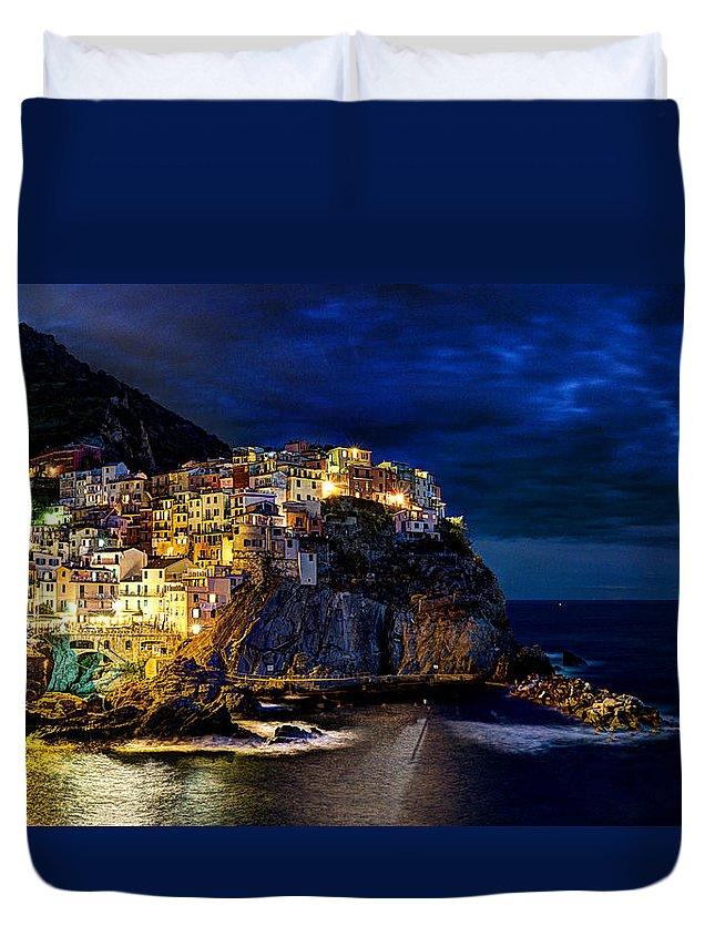 Manarola Duvet Cover featuring the photograph Night Comes To Manarola by Weston Westmoreland