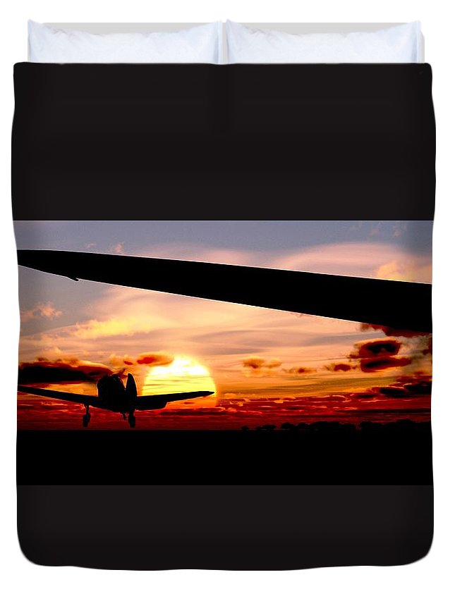 Aviation Duvet Cover featuring the digital art Night Hawks by Richard Rizzo