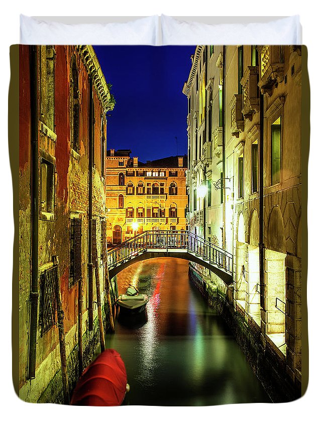 Venice Duvet Cover featuring the photograph Nightfall In Venice by Andrew Soundarajan