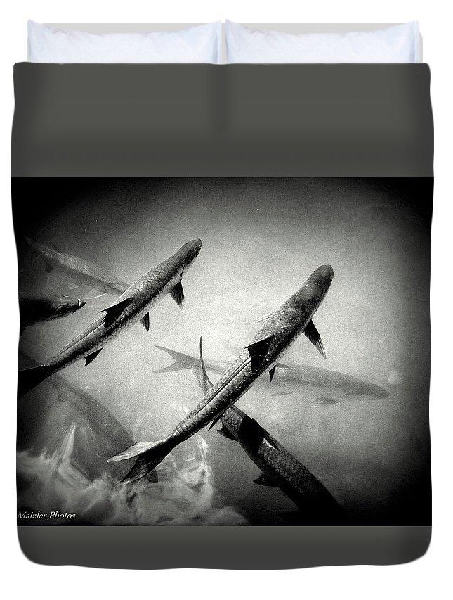 Tarpon Duvet Cover featuring the photograph Nighttime Tarpon by Jan Maizler