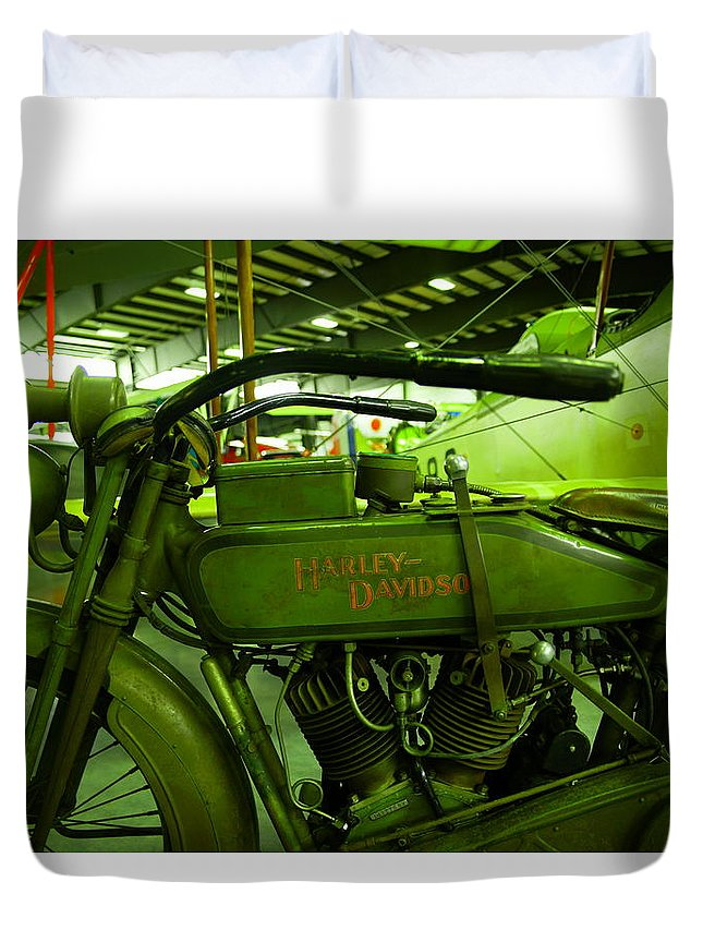 Motorcycle Duvet Cover featuring the photograph Nineteen Eighteen Harley Davidson by Jeff Swan