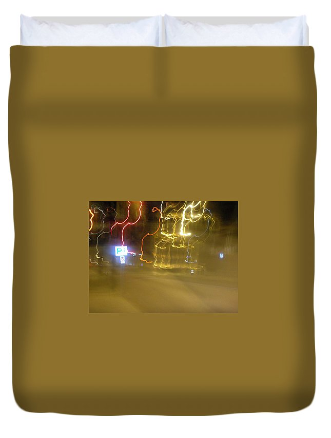 Photograph Duvet Cover featuring the photograph No Parking by Thomas Valentine