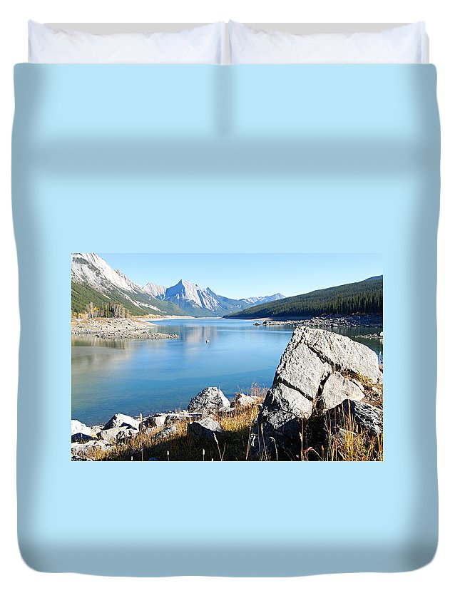 Medicine Lake Duvet Cover featuring the photograph No Way Out by Larry Ricker