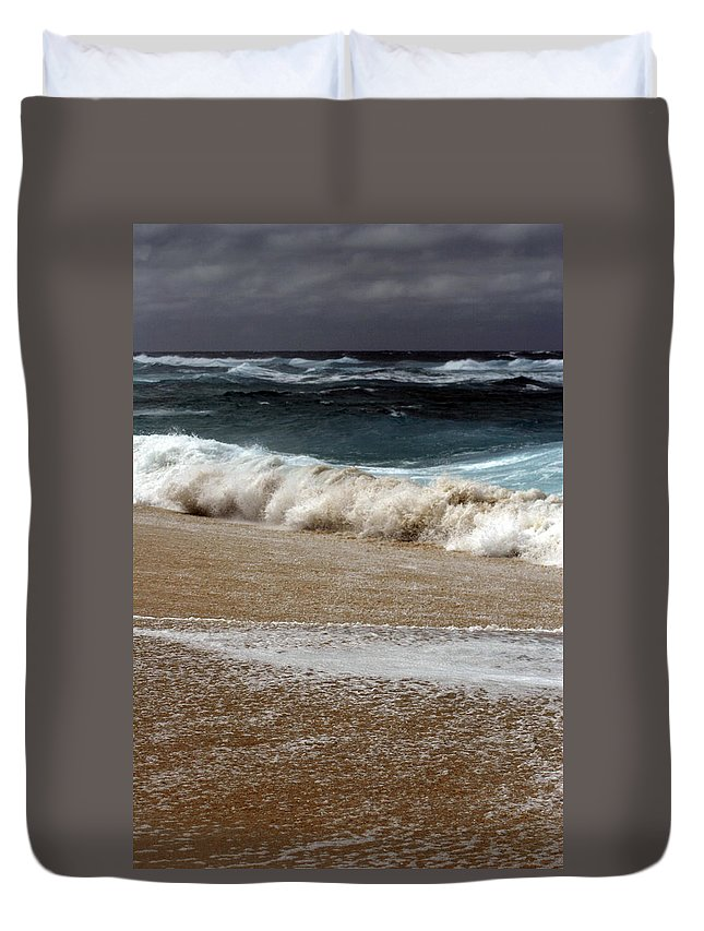 Duvet Cover featuring the photograph North Beach, Oahu V by Kenneth Campbell