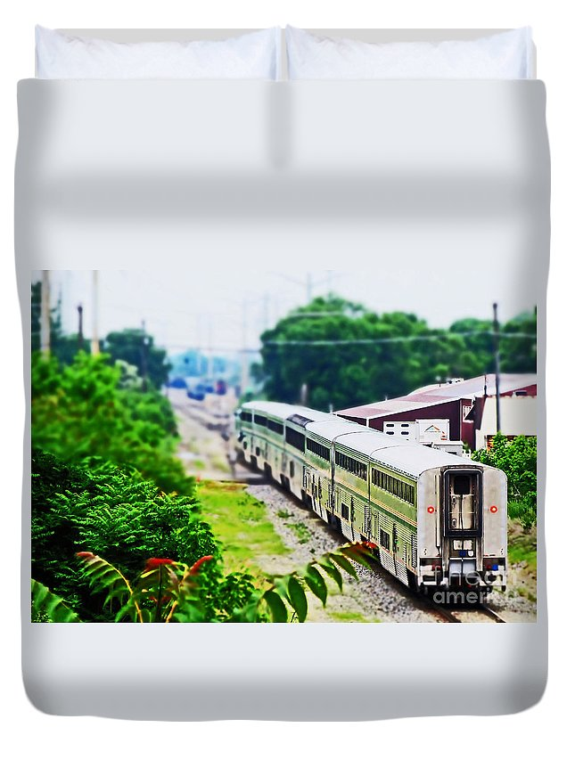 Train Duvet Cover featuring the photograph North Bound by Don Baker