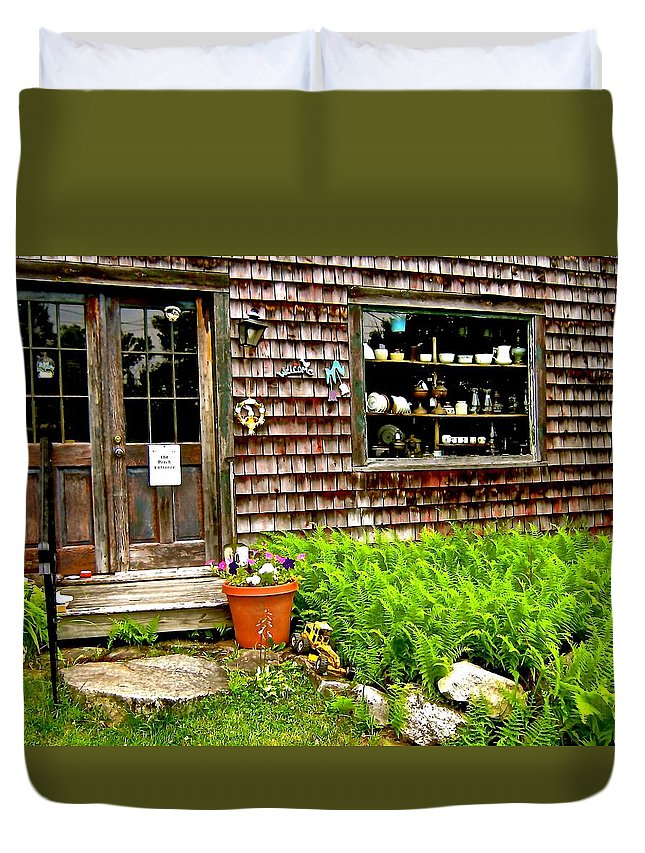 Antique Shop Duvet Cover featuring the photograph North Country Antiques by Elizabeth Tillar