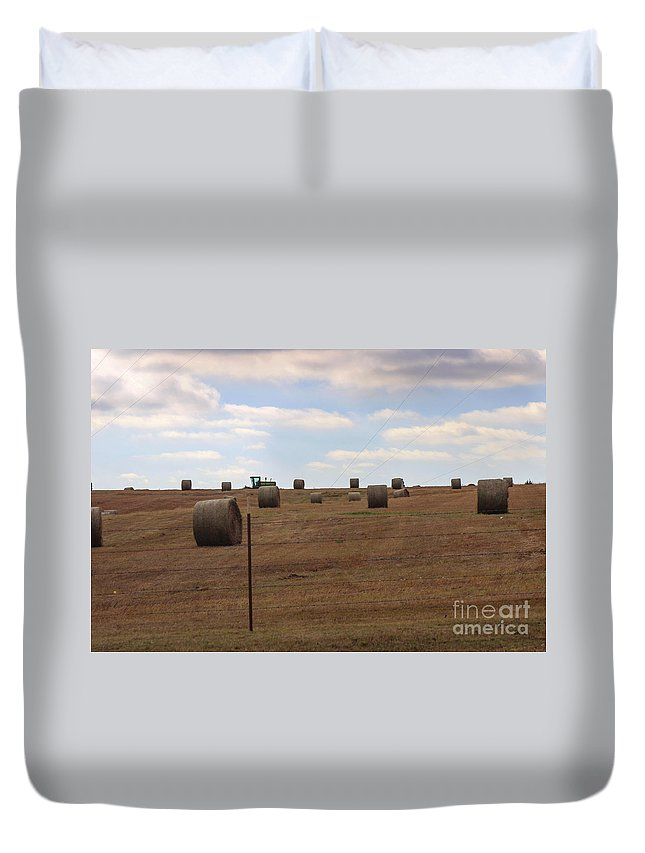Field Duvet Cover featuring the photograph Nothin' Runs Like A Deer by Laura Deerwester