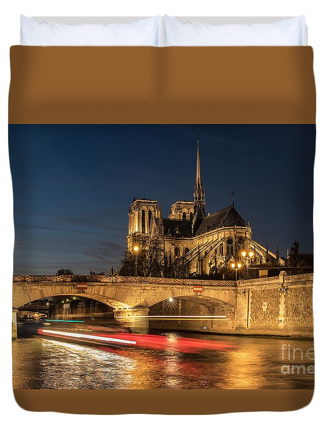 Notre Dame Duvet Cover featuring the photograph In The Evening by Howard Ferrier