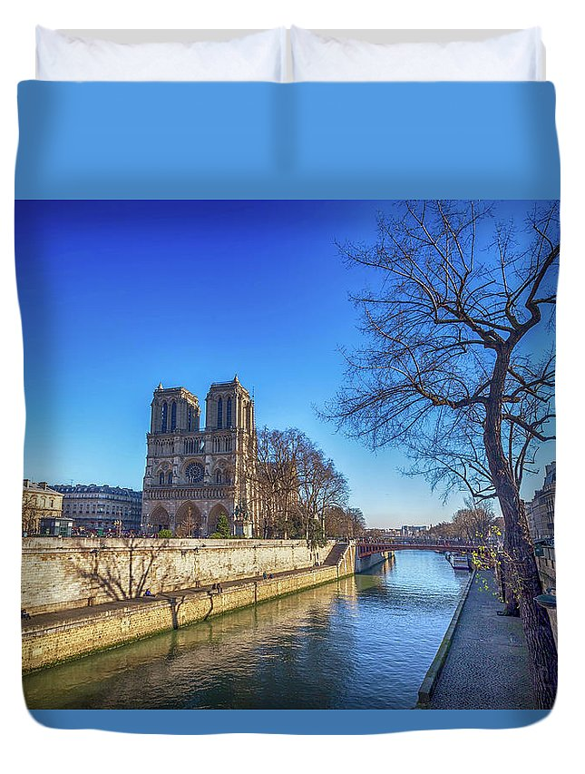 Parisian Duvet Cover featuring the photograph Notre Dame Of Paris by Louloua Asgaraly