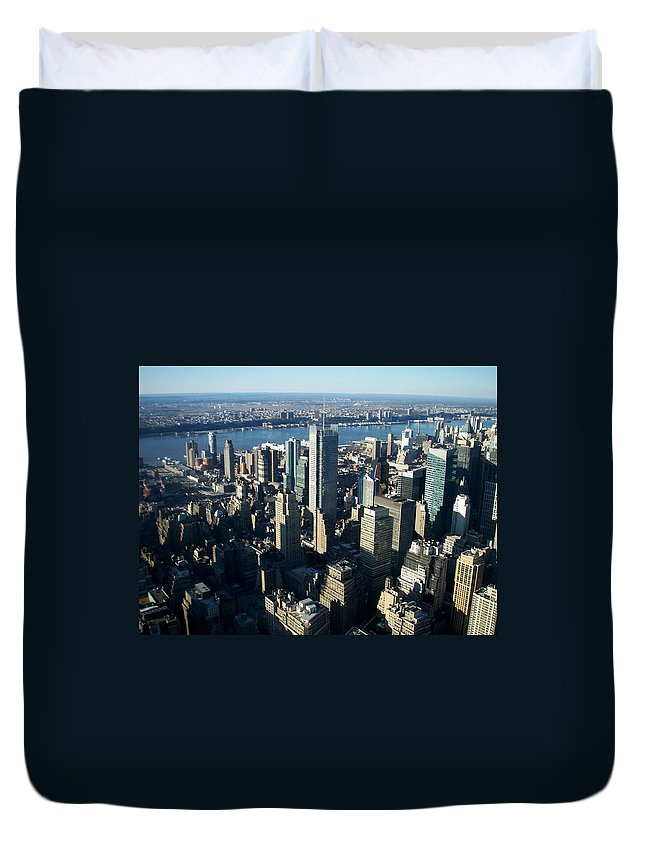 Nyc Duvet Cover featuring the photograph Nyc 1 by Anita Burgermeister