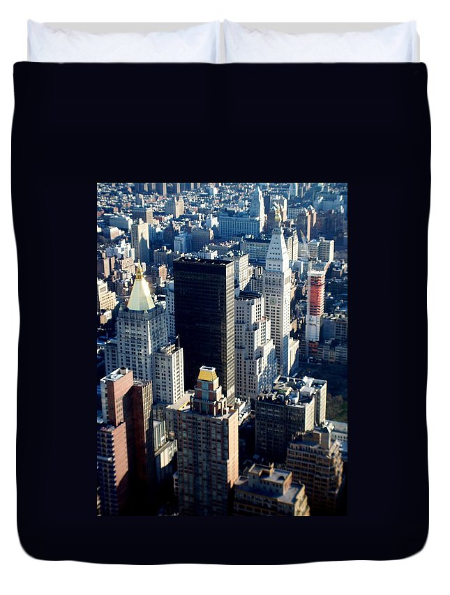Nyc Duvet Cover featuring the photograph Nyc 2 by Anita Burgermeister