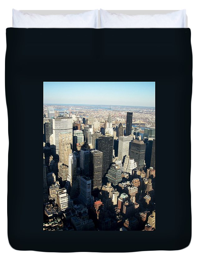 Nyc Duvet Cover featuring the photograph Nyc 3 by Anita Burgermeister