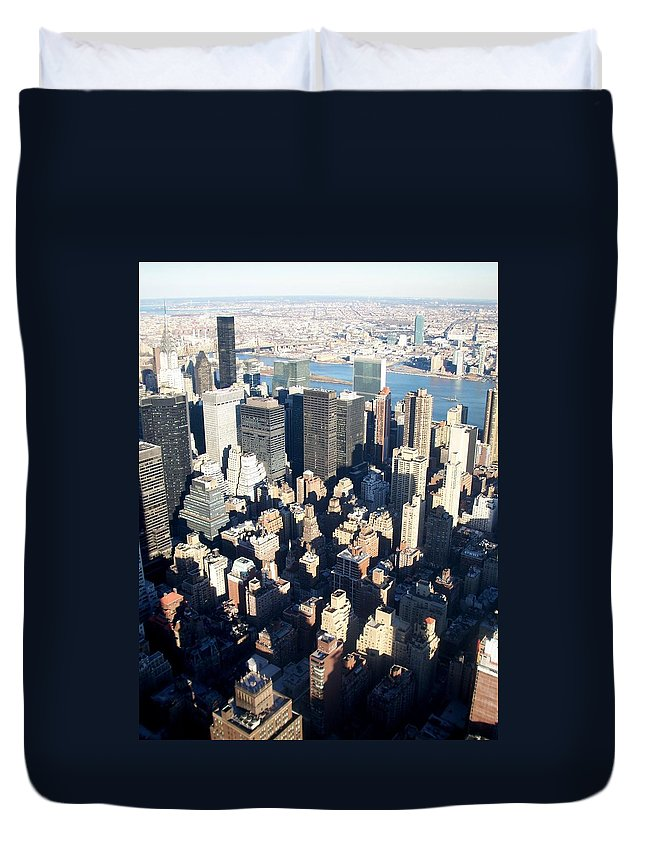 Nyc Duvet Cover featuring the photograph Nyc 4 by Anita Burgermeister