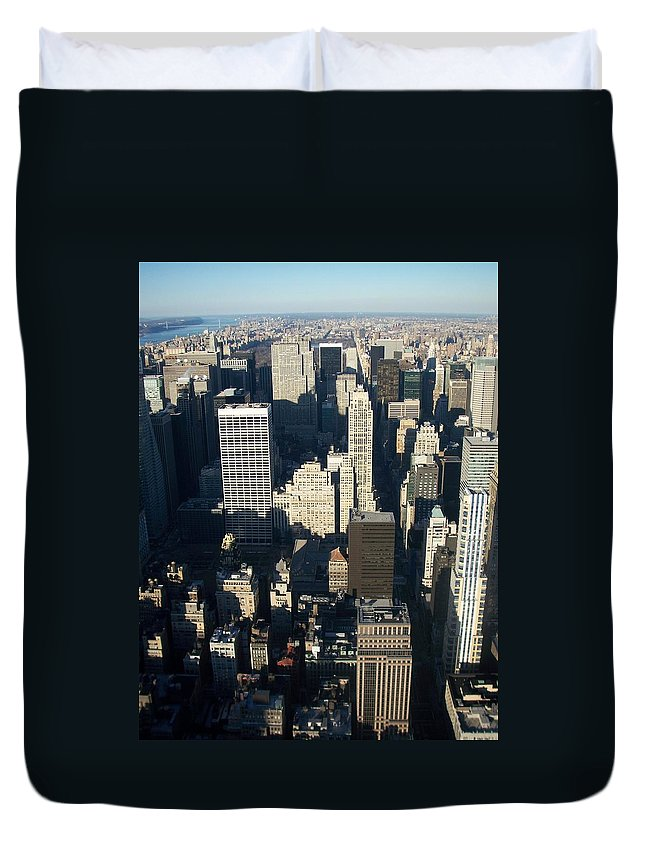 Nyc Duvet Cover featuring the photograph Nyc 5 by Anita Burgermeister