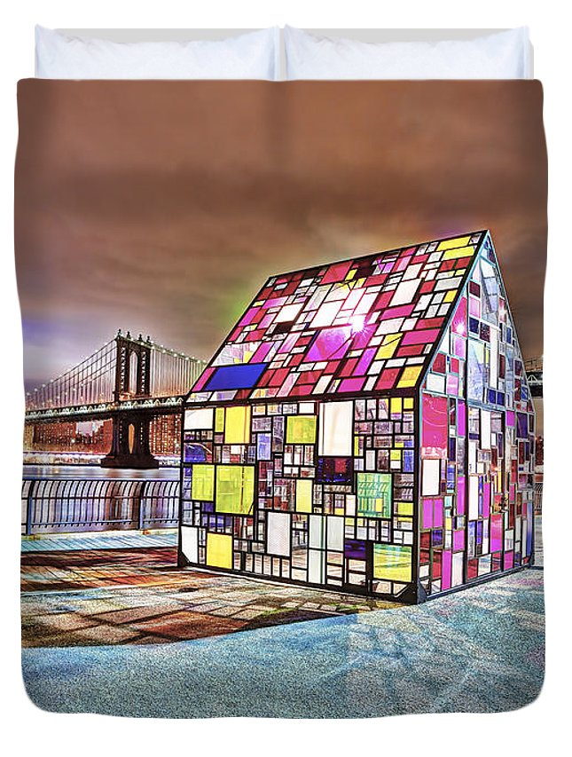 Color Duvet Cover featuring the photograph Nyc Color by Michael Tischler
