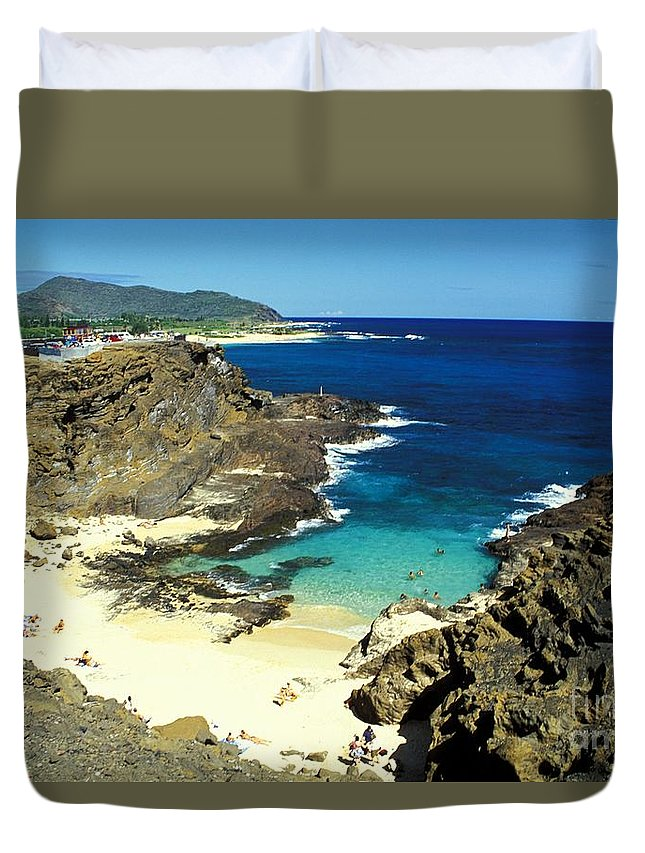 Beach Duvet Cover featuring the photograph Oahu, Beach Goers by Peter French - Printscapes