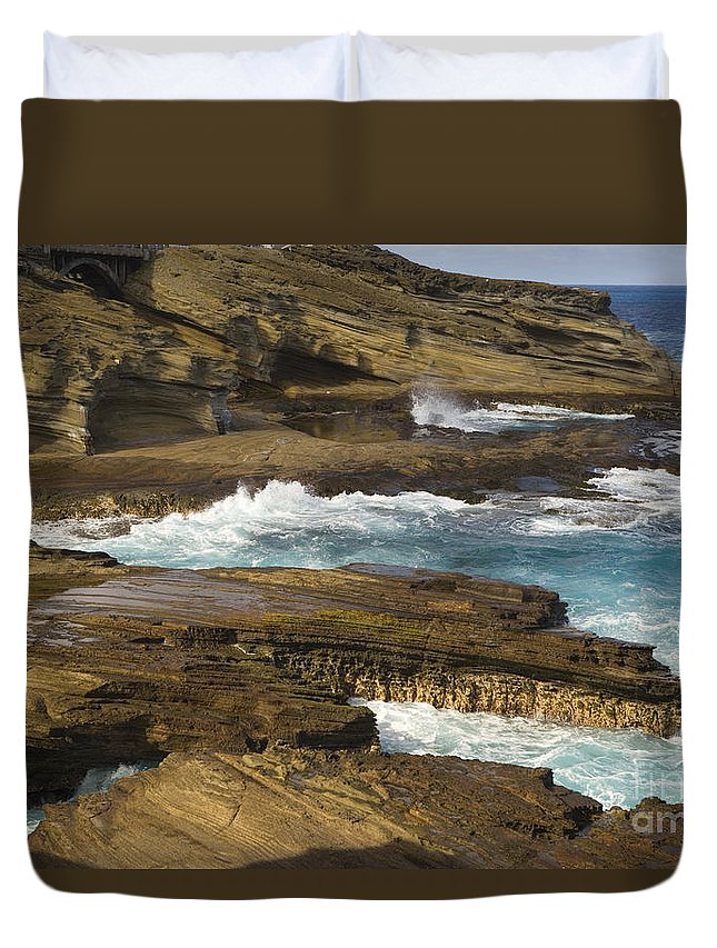 Beautiful Duvet Cover featuring the photograph Oahu, Southeast Coast by Dana Edmunds - Printscapes