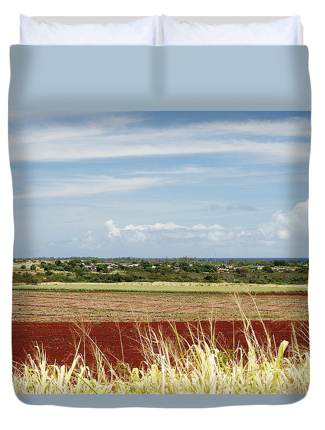 Afternoon Duvet Cover featuring the photograph Oahu, Wailua by Vince Cavataio - Printscapes