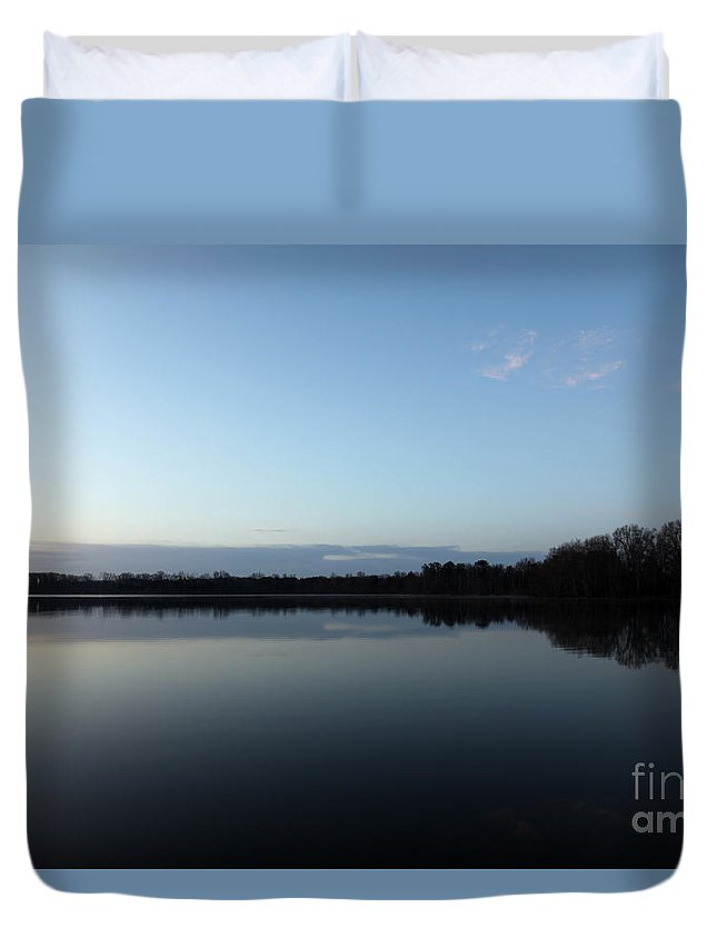 Oar Duvet Cover featuring the photograph Oar by Amanda Barcon