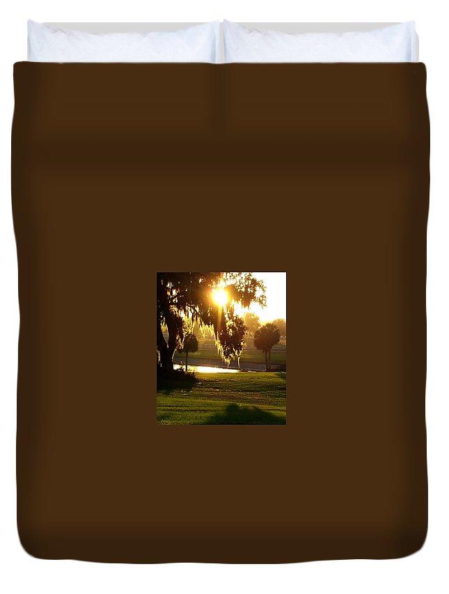 Sunset Duvet Cover featuring the photograph Ocala Sunset by Kristen Wesch