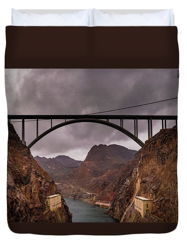 Adults Duvet Cover featuring the photograph O'callaghan-pat Tillman Memorial Bridge by Srinivasan Venkatarajan
