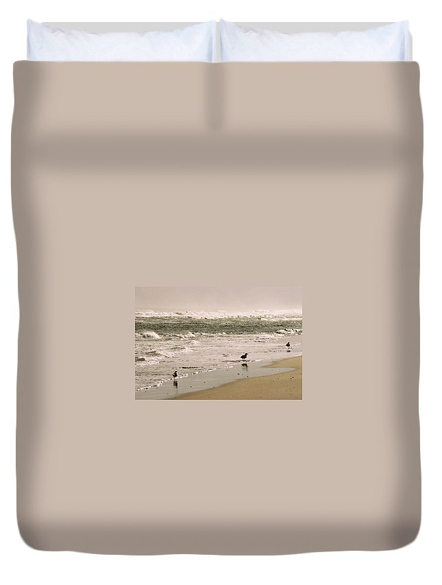 Seascape Duvet Cover featuring the photograph Ocean Edge by Steve Karol