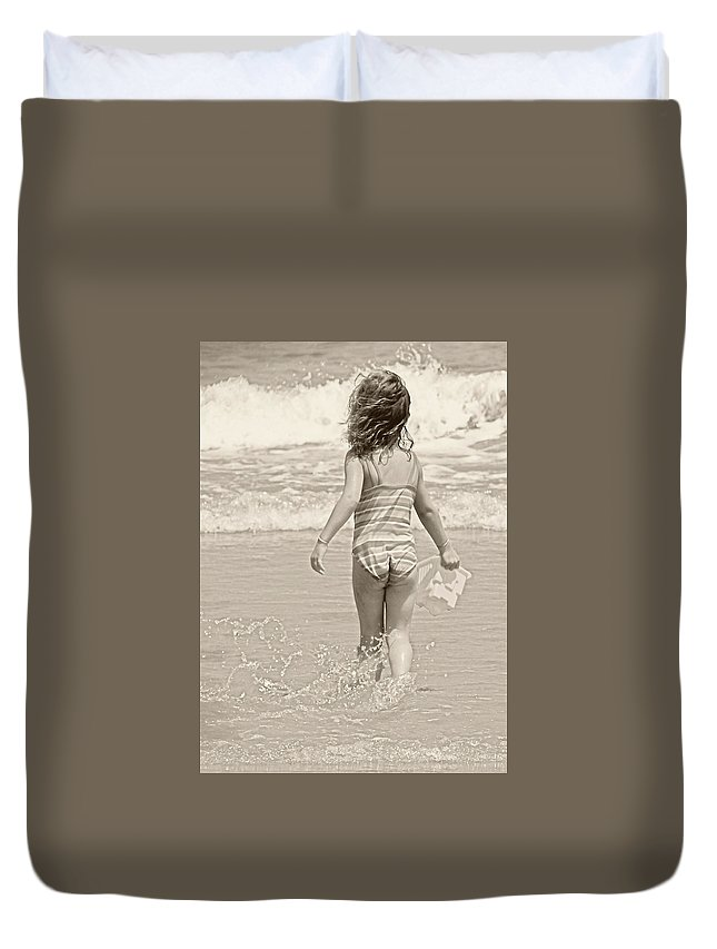Ocean Duvet Cover featuring the photograph Ocean Moment by JAMART Photography
