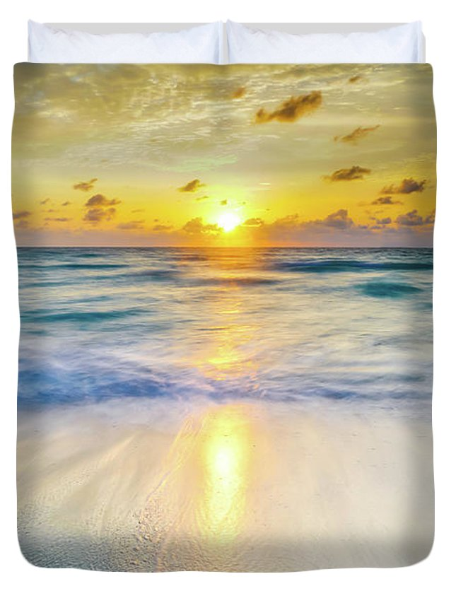 America Duvet Cover featuring the photograph Ocean Reflections At Sunrise by DAC Photography