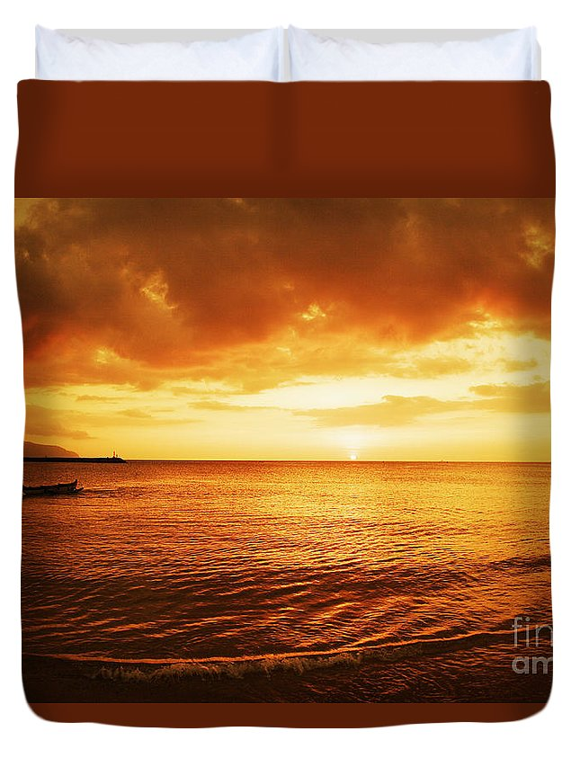 Beach Duvet Cover featuring the photograph Ocean Sunset by Vince Cavataio - Printscapes