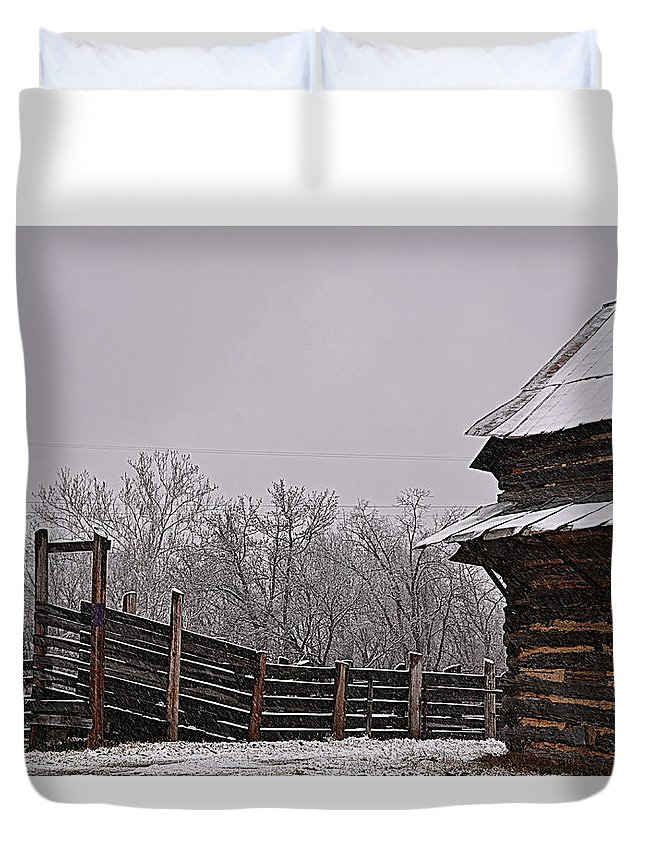 Winter Duvet Cover featuring the photograph Oh Chute II by Glenda Ward