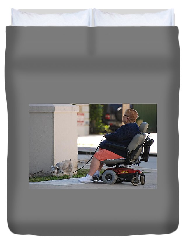 Women Duvet Cover featuring the photograph Old Barefoot Women by Rob Hans