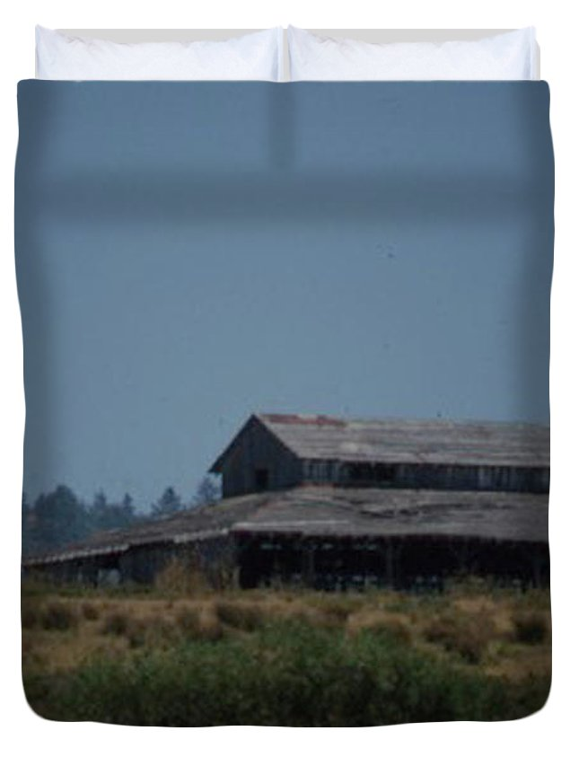 Barn Duvet Cover featuring the photograph Old Barn by Forrest Prater