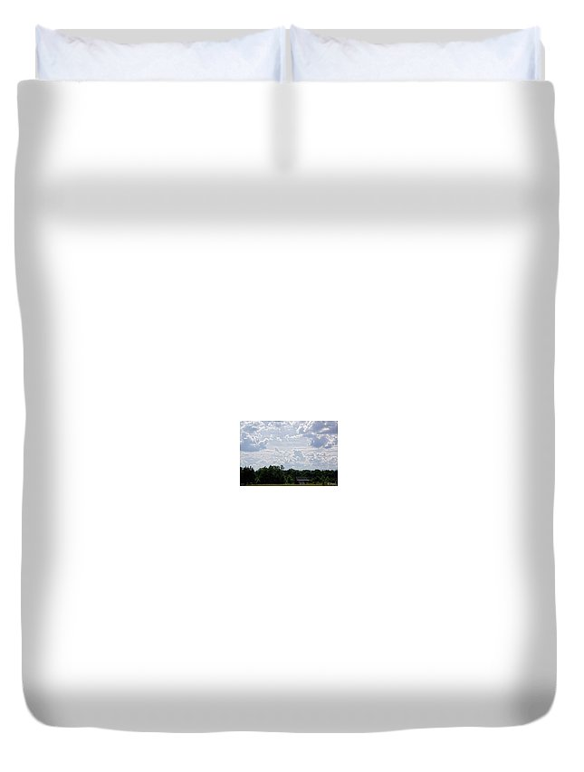 Old Barn Duvet Cover featuring the photograph Old Barn by Lisa Jolly