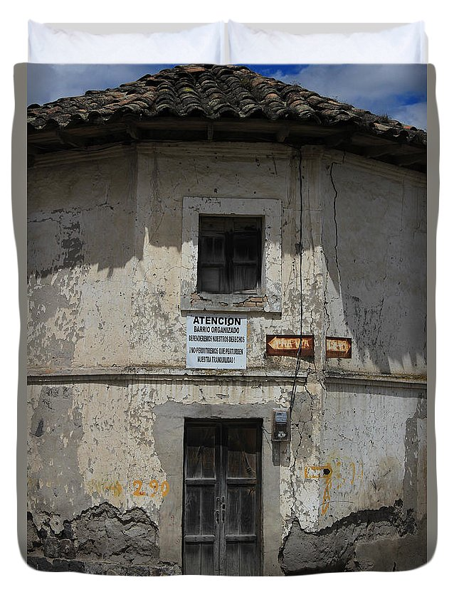 House Duvet Cover featuring the photograph Old Building by Robert Hamm