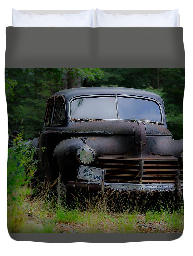 Old Car Duvet Cover featuring the photograph Old Car 1941 by Linda Howes