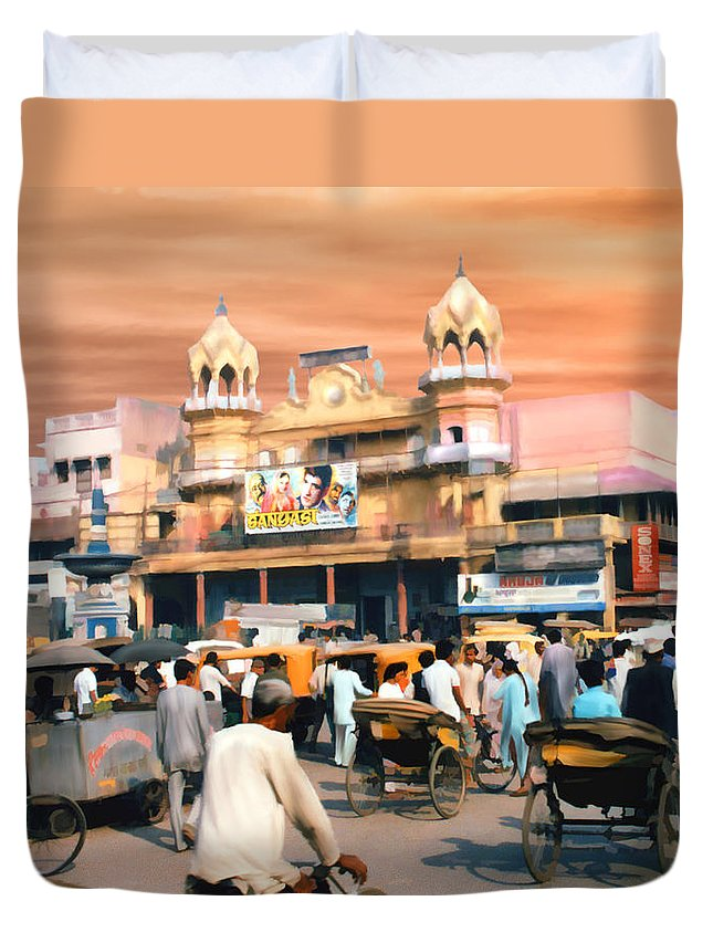 India Duvet Cover featuring the photograph Old Dehli by Kurt Van Wagner