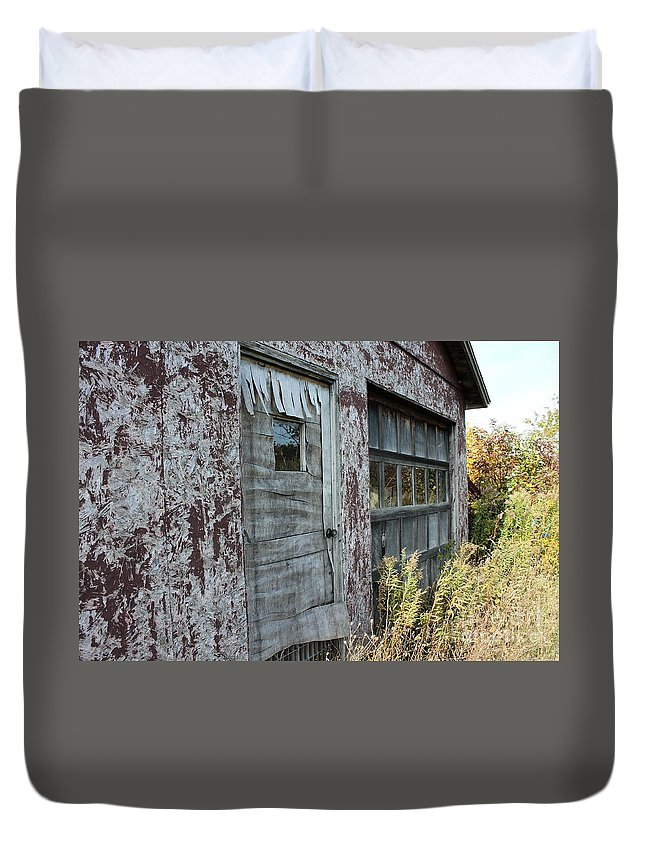 Cherry Store Duvet Cover featuring the photograph Old Door County Cherry Store by Nikki Vig