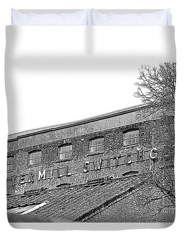 Old Factory Duvet Cover featuring the photograph Old Factory by Andy Thompson