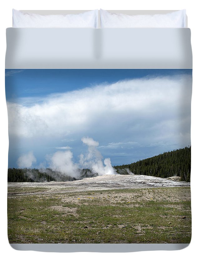 Geyser Duvet Cover featuring the photograph Old Faithful Before by Linda Kerkau