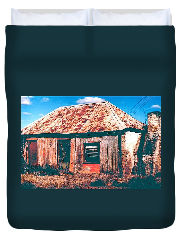 Australia Duvet Cover featuring the photograph Old Farm House by Gary Wonning