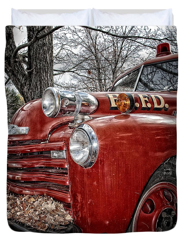 Fire Truck Duvet Cover featuring the photograph Old Fire Truck by Timothy Flanigan